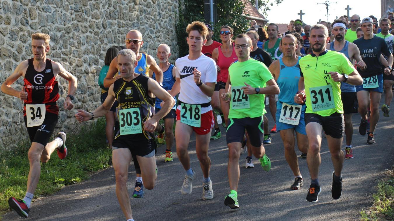 320 coureurs ont participé à l'épreuve.