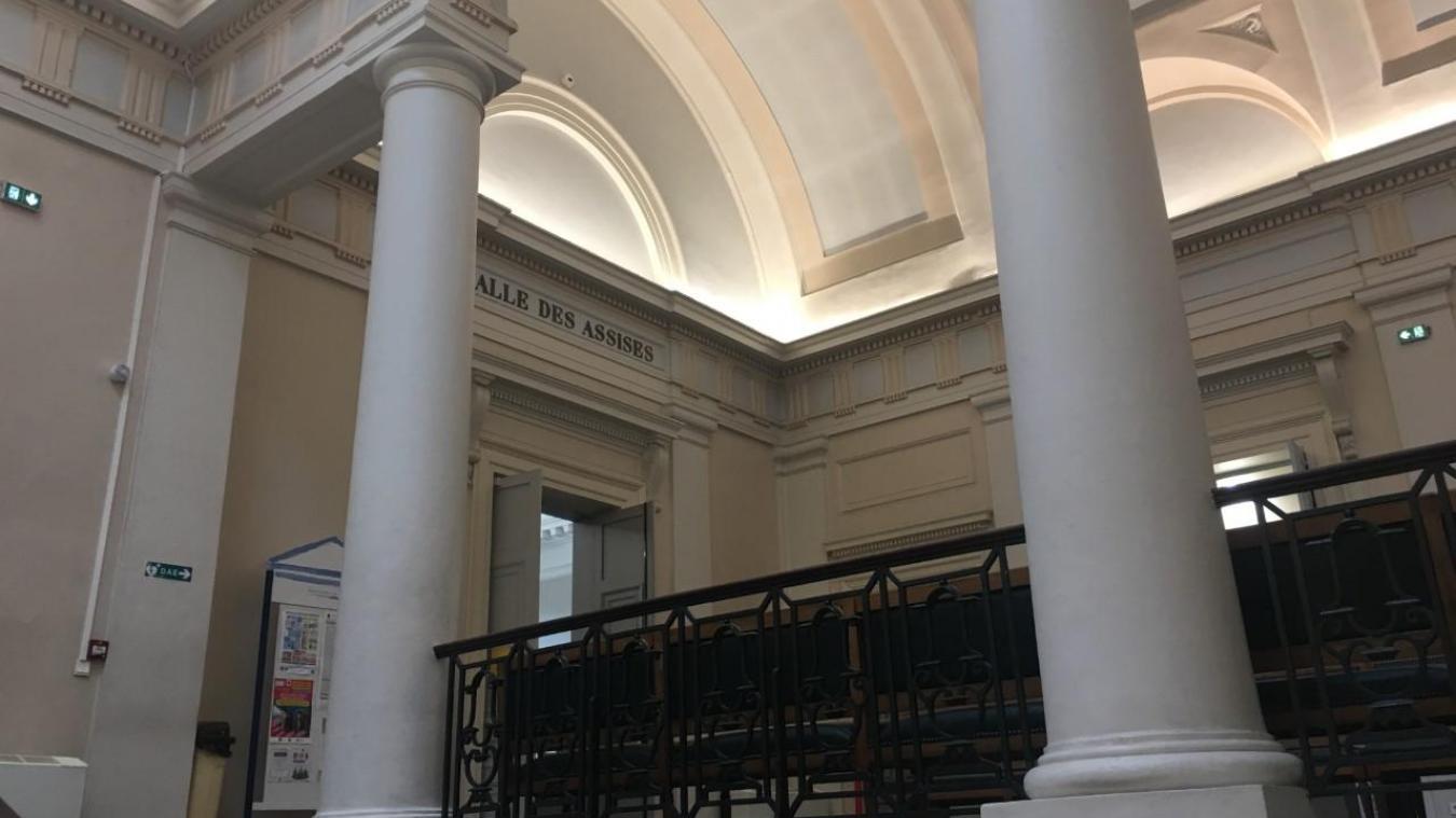 La troisième journée du procès du meutre de Romain Gambier se poursuit à la cour d'Assises du Pas-de-Calais à Saint-Omer.