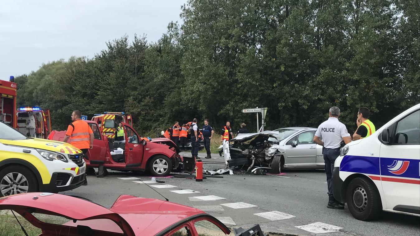 L'accident s'est produit à hauteur de l'intersection avec la route du Chemin-Vert.