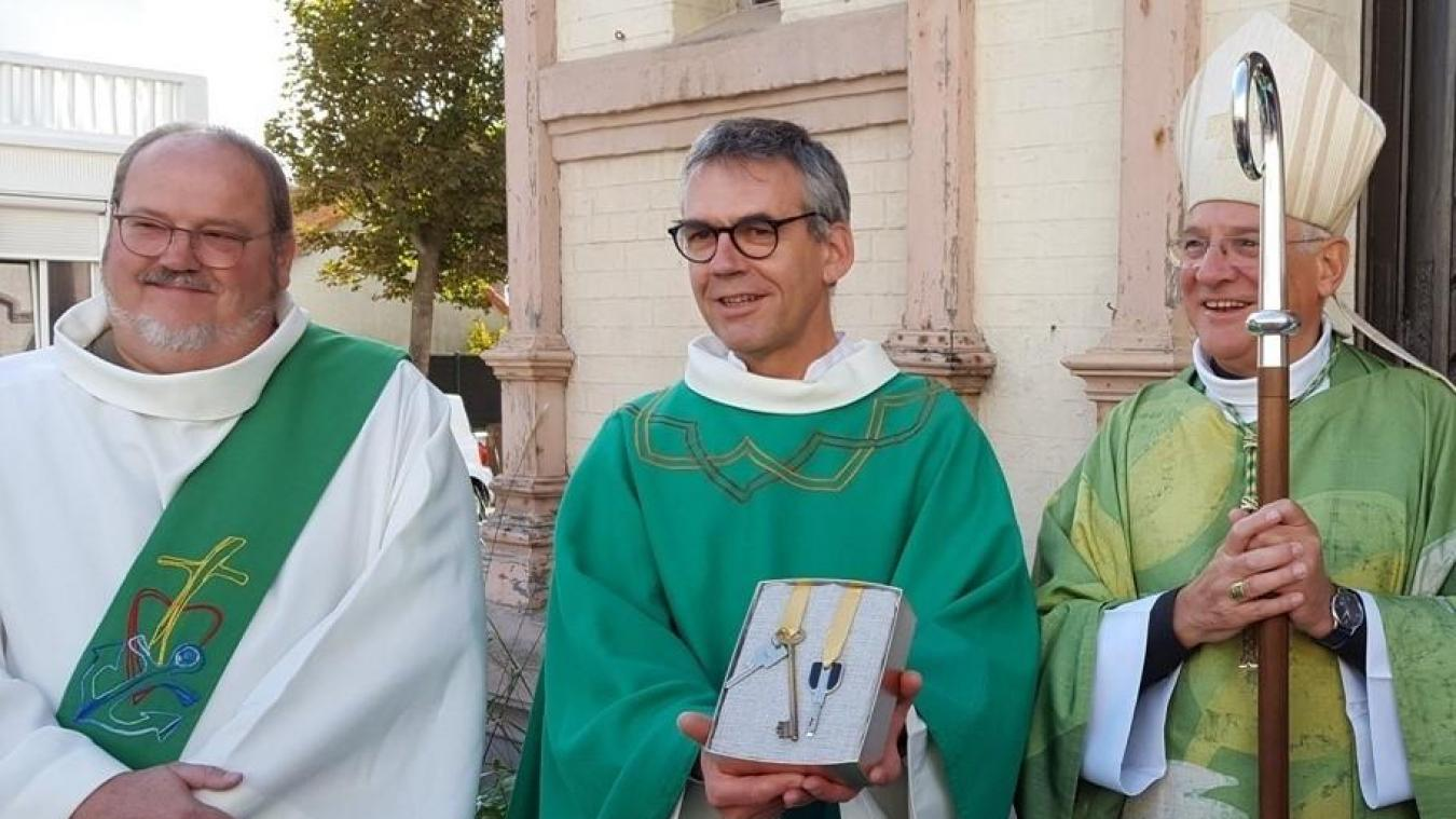 Luc Dubrulle s'est vu remettre les clés par Monseigneur Jaeger