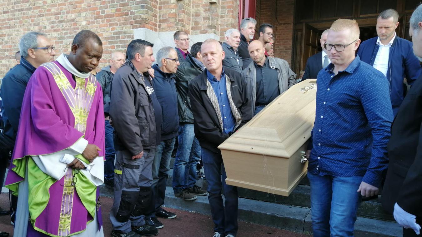 Amis et collègues sont venus nombreux aux funérailles de Ludovic Vanuxem, mercredi 18 septembre à Bailleul.