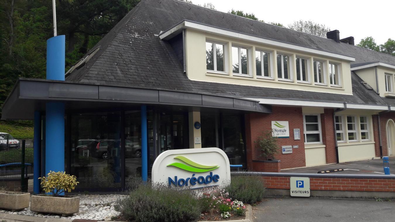 Pour l'instant, Cédric Versluys, le nouveau directeur adjoint, pilote le centre Noréade de Cassel, en attendant le sort du directeur, Rémi Paindavoine.