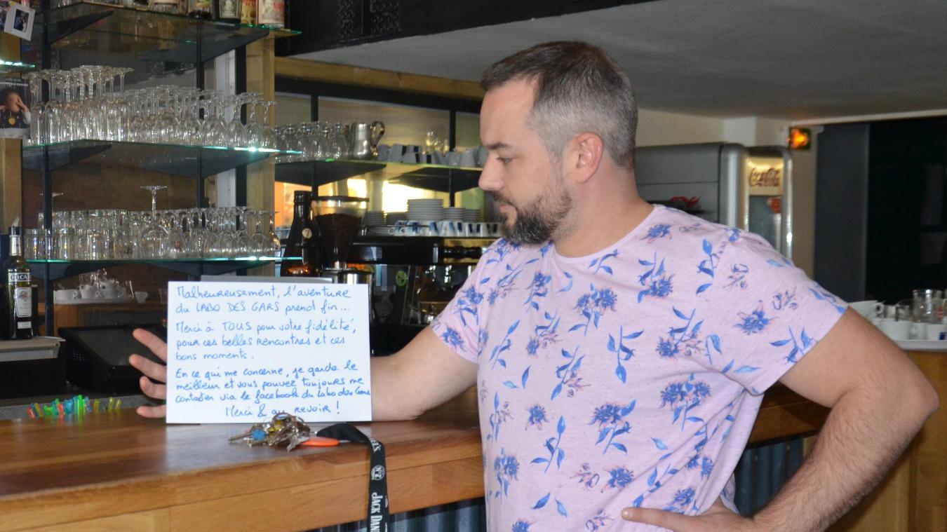 Le patron du restaurant bar à tapas a laissé un petit mot à destination de ses clients.