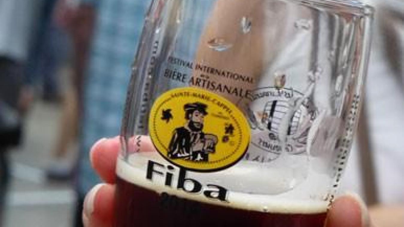 Comment déguster une bière ? Les conseils avant d'aller au FIBA