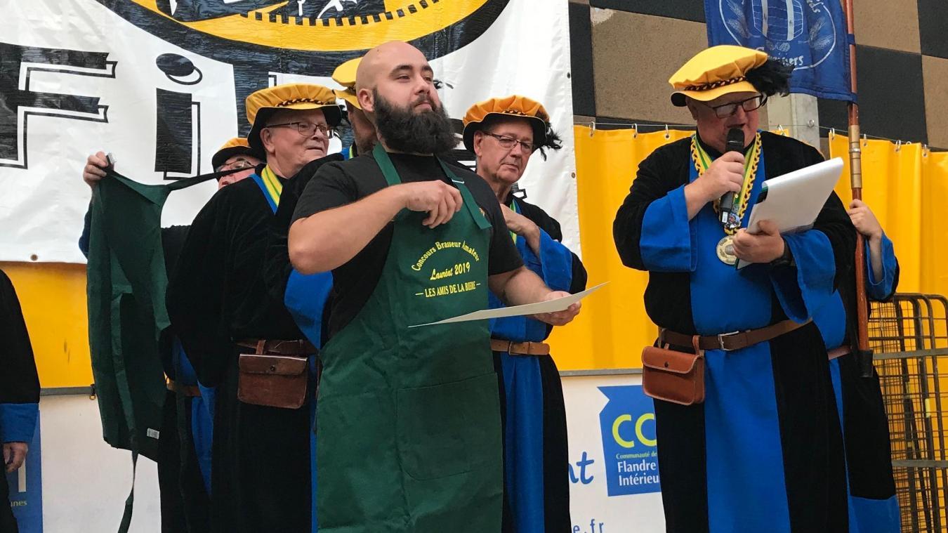 Brasseur amateur, Alexandre Blondeel s'est distingué au concours organisé par les Amis de la bière à Sainte-Marie-Cappel (59).