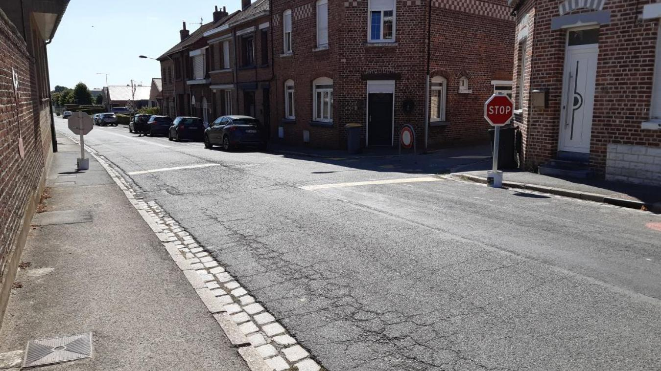 Jusque fin octobre, le stop provisoire rue de l'Haeghe Doorne est retour.