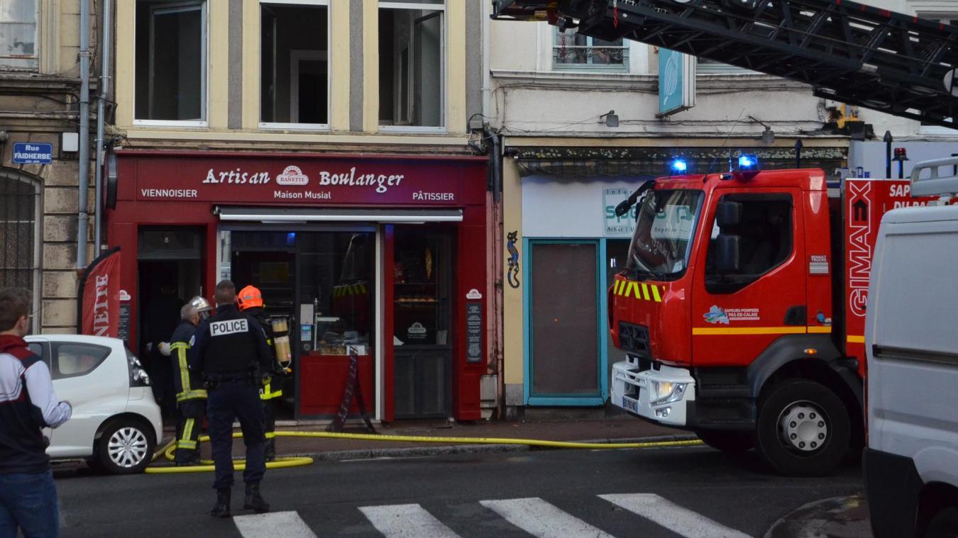 La réserve de la boulangerie a pris feu, 10m² sont détruits.
