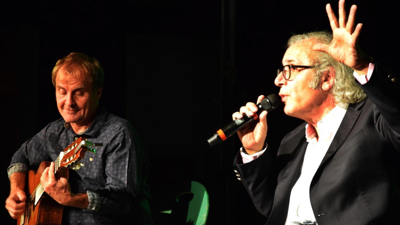 Avec à la guitare Bruno Bongarçon, Frédéric Zeitoun s'est produit dans le cadre des journées du patrimoine.