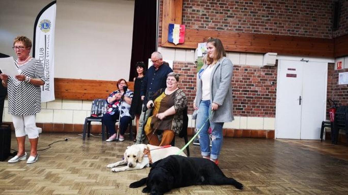 Aix-Noulette: Lucienne Landais reçoit son 2e chien d'assistance