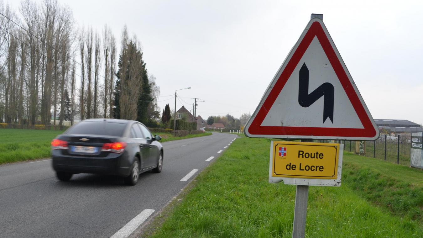 L'accident s'est produit route de Locre à Bailleul, un axe accidentogène.