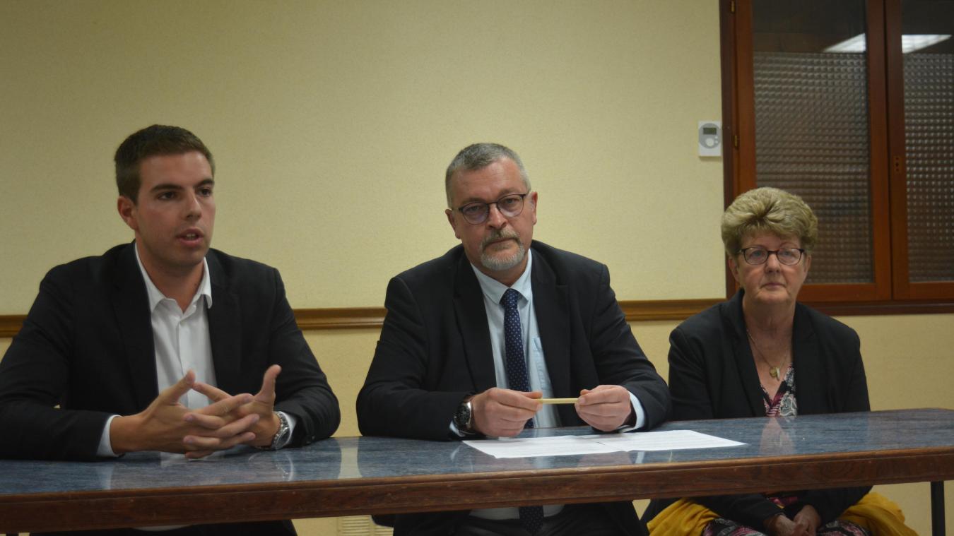Ludovic Pajot a présenté le candidat pour Beuvry, Boris Briche, aux côtés de Myriane Houplain.