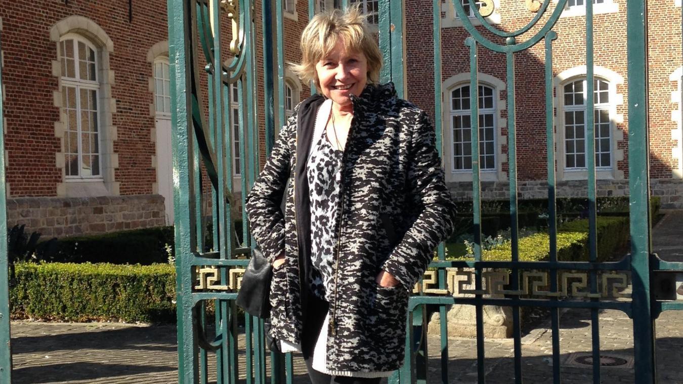 Annie Degroote, l'auteur Hazebrouckoise, est l'invitée d'honneur du 5 e  festival du livre organisé à Nieppe cette semaine. Elle sera en dédicace samedi.