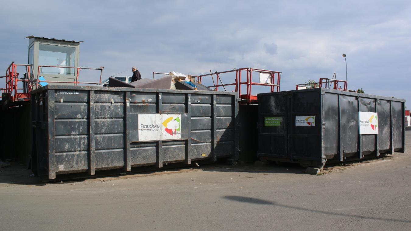 La déchetterie de Merville ne fonctionne plus que partiellement depuis deux ans.