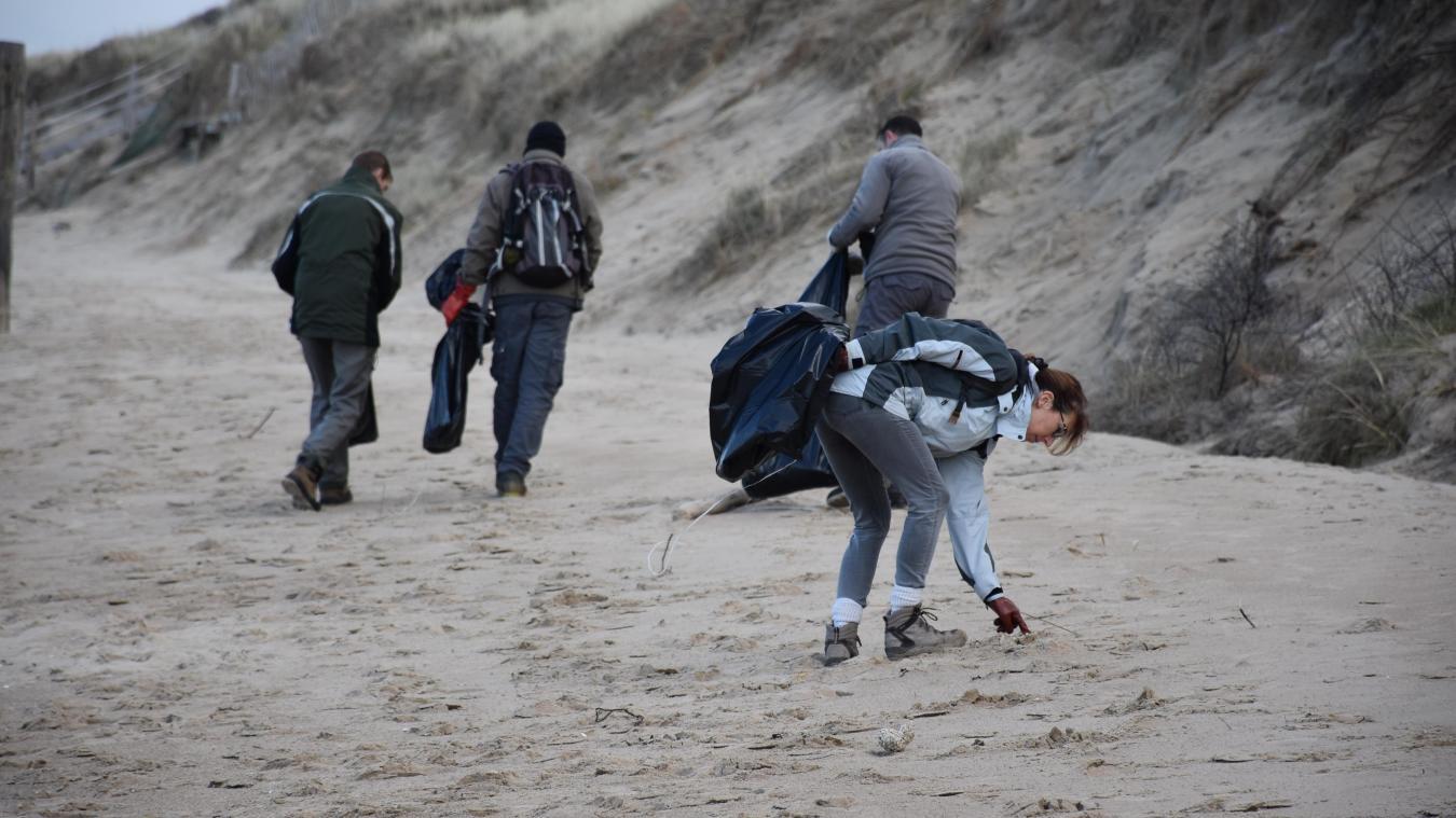 Les plages du Dunkerquois ont besoin d'un nettoyage après les grandes marées.