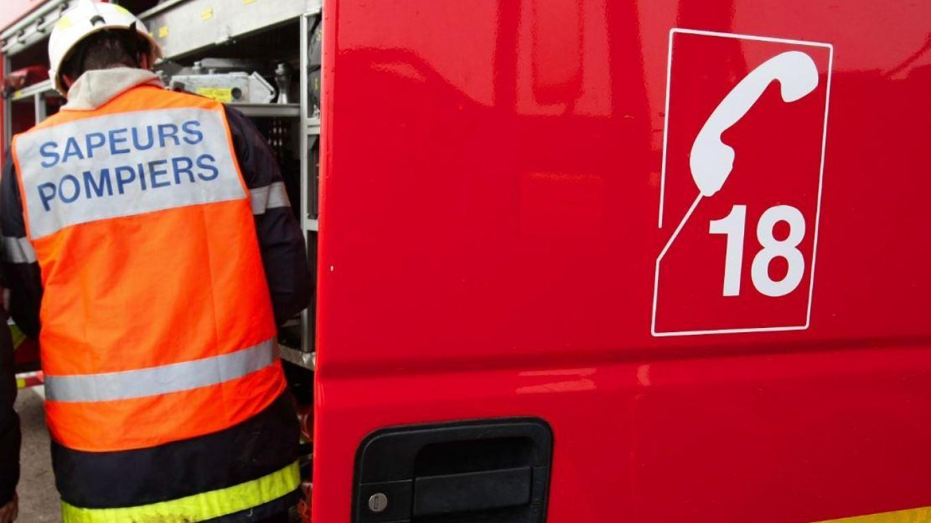 Les secours se sont rendus sur place, mais ne sont pas parvenus à sauver le jeune homme.