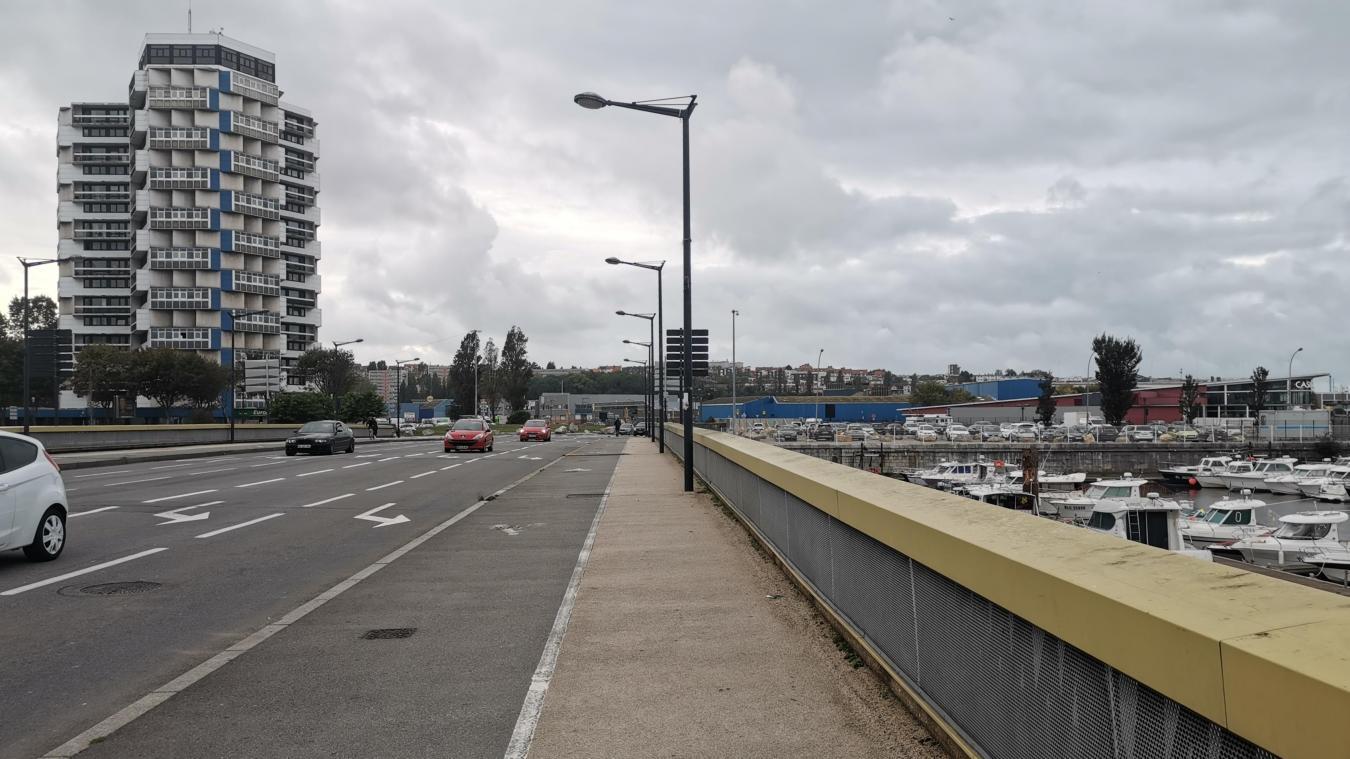 Un chantier de 800 000 euros de travaux hors taxes pour le pont de l'Entente Cordiale.