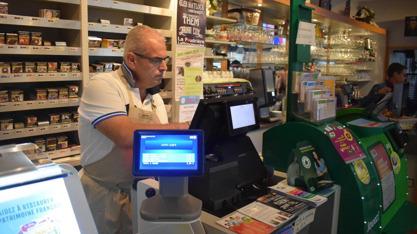 Ludovic Durier, gérant du café Au Damier, aimerait qu'une solution soit vite trouvée.