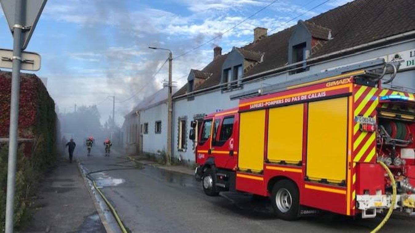 Un incendie s'est déclaré dans le bâtiment qui abritait l'ancienne discothèque le Domaine. D'importants travaux y étaient réalisés depuis près d'un an.
