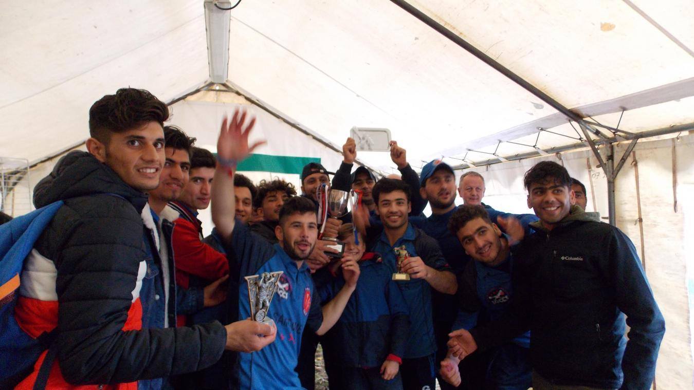 Les joueurs de l'équipe de Saint-Omer, aux parcours atypiques, ont laissé exploser leur joie d'avoir remporté la finale du tournoi des 28 et 29 septembre.