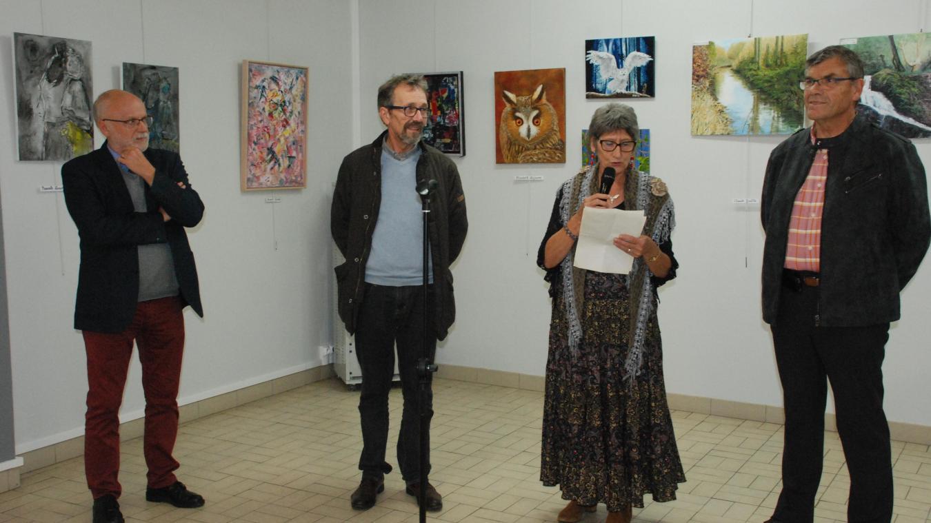 Dominique Barroo a évoqué la richesse de cette exposition collective mais aussi les multiples ateliers d'art implantés en ville.