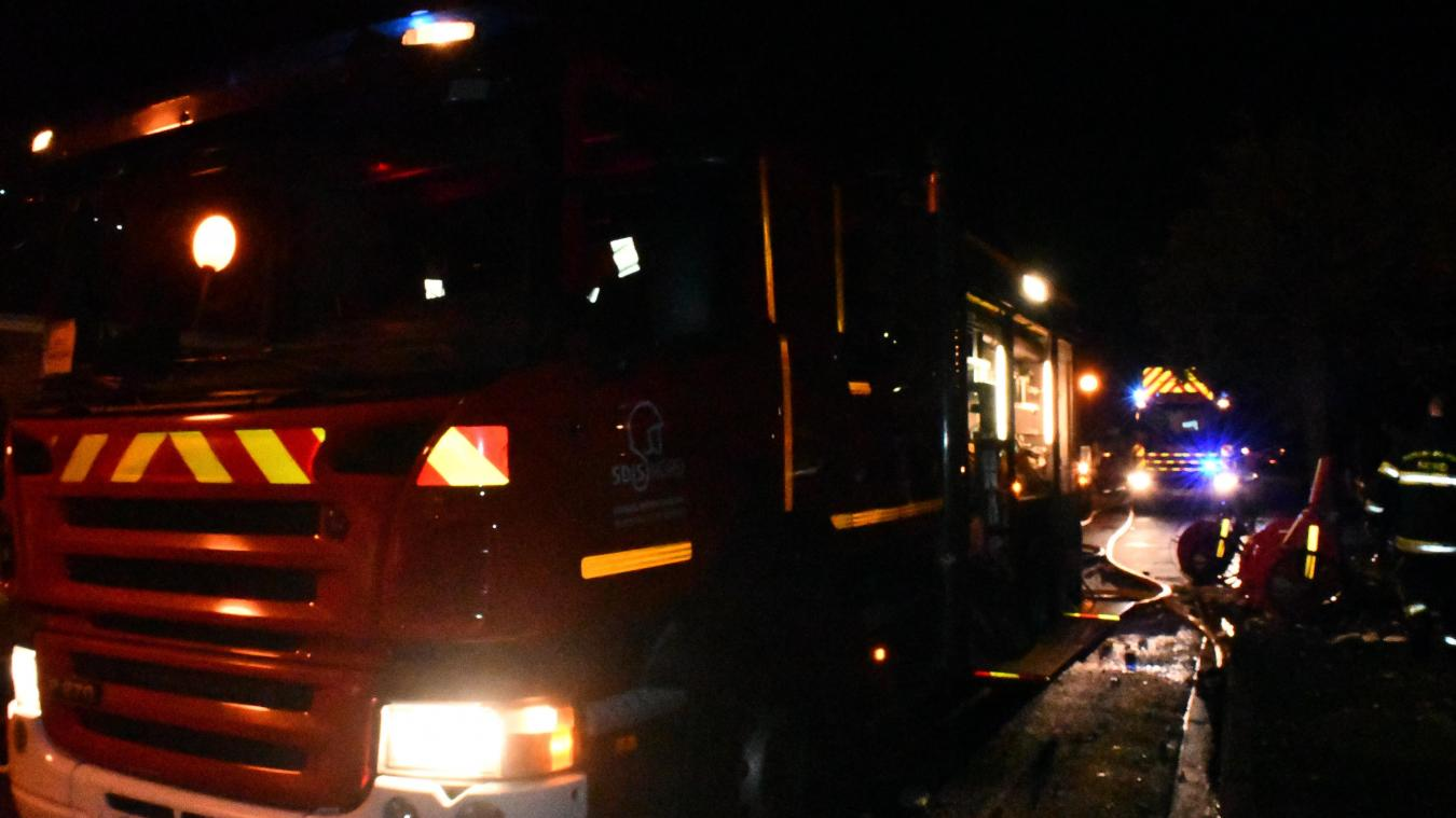 Les sapeurs-pompiers sont restés de nombreuses heures pour protéger les lieux.
