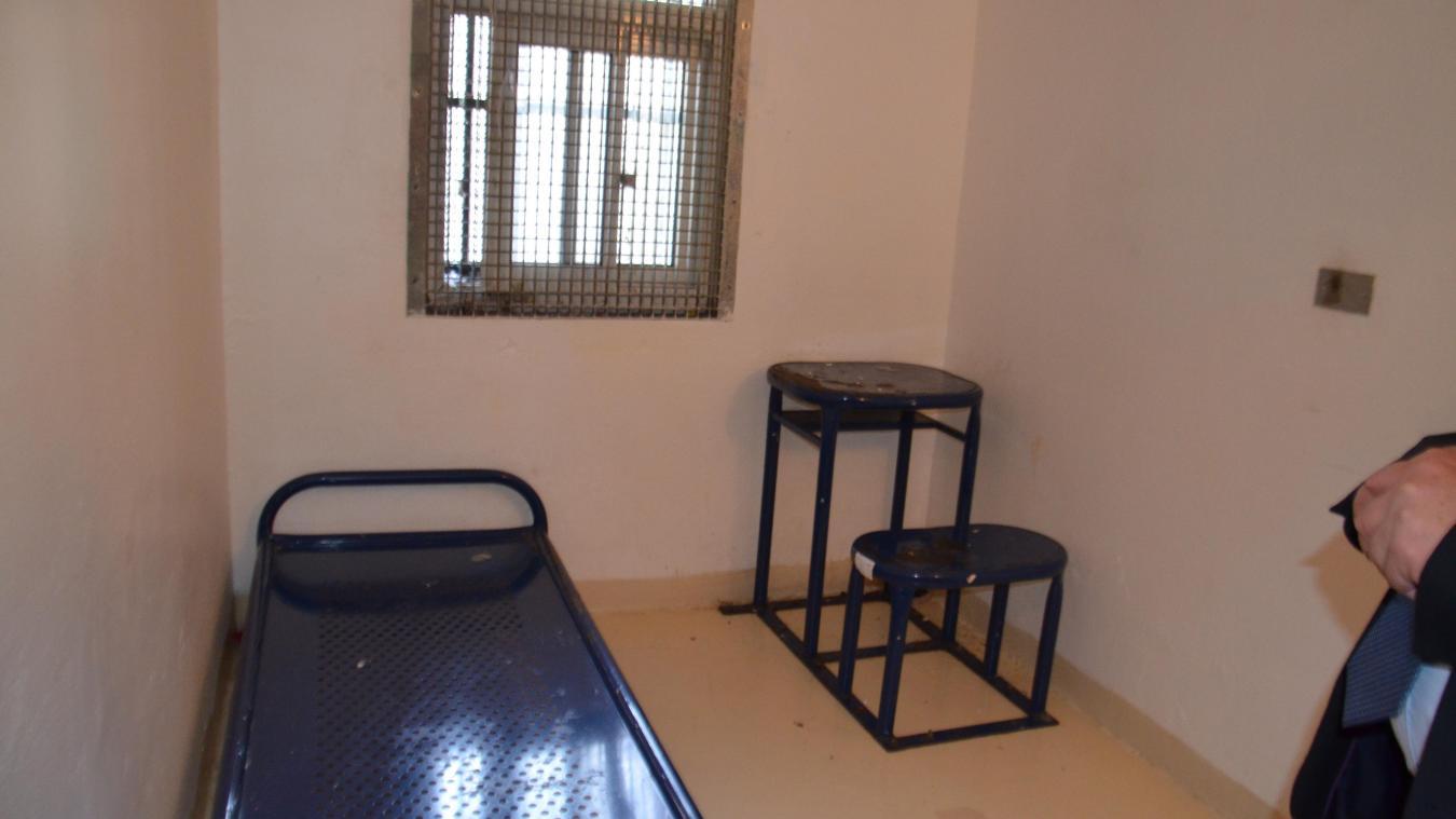 C'est dans une cellule du quartier disciplinaire de Longuenesse que le prévenu avait brûlé son matelas.