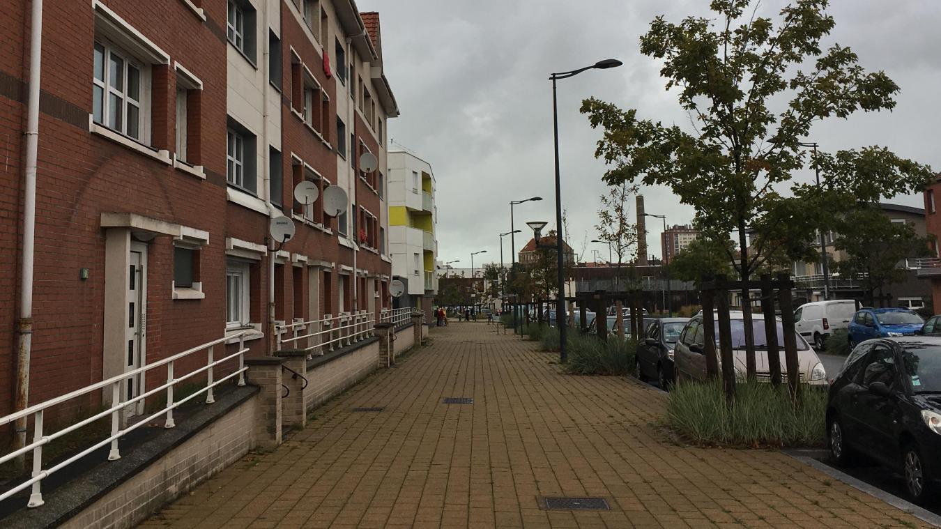 L'immeuble inondé ce lundi 7 octobre est situé rue du Jeu-de-Mail, à Dunkerque.