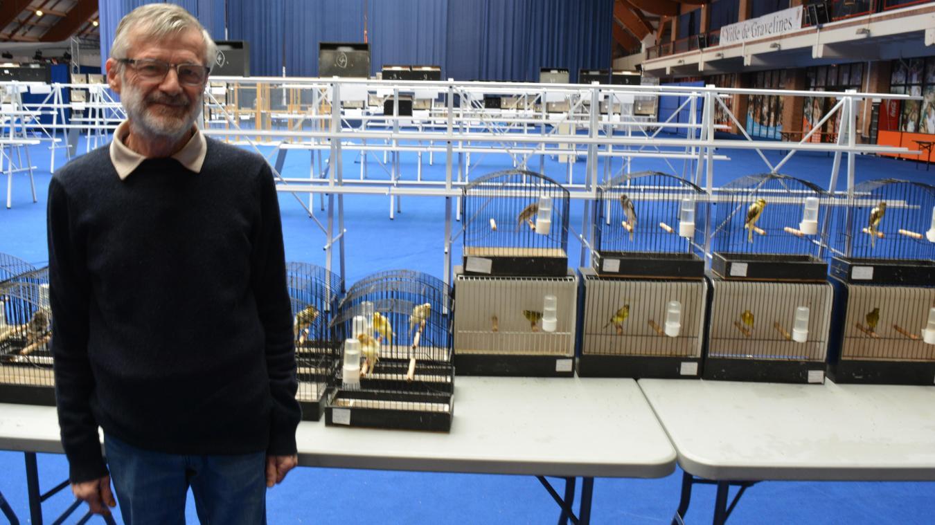 Paul Mailly, président de l'association, possède lui-même 150 oiseaux.