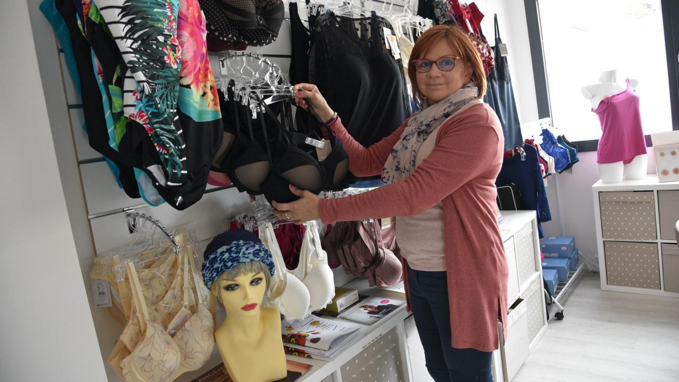 Nathalie propose lingerie, prothèses externes, bonnets ou encore maillots de bain.