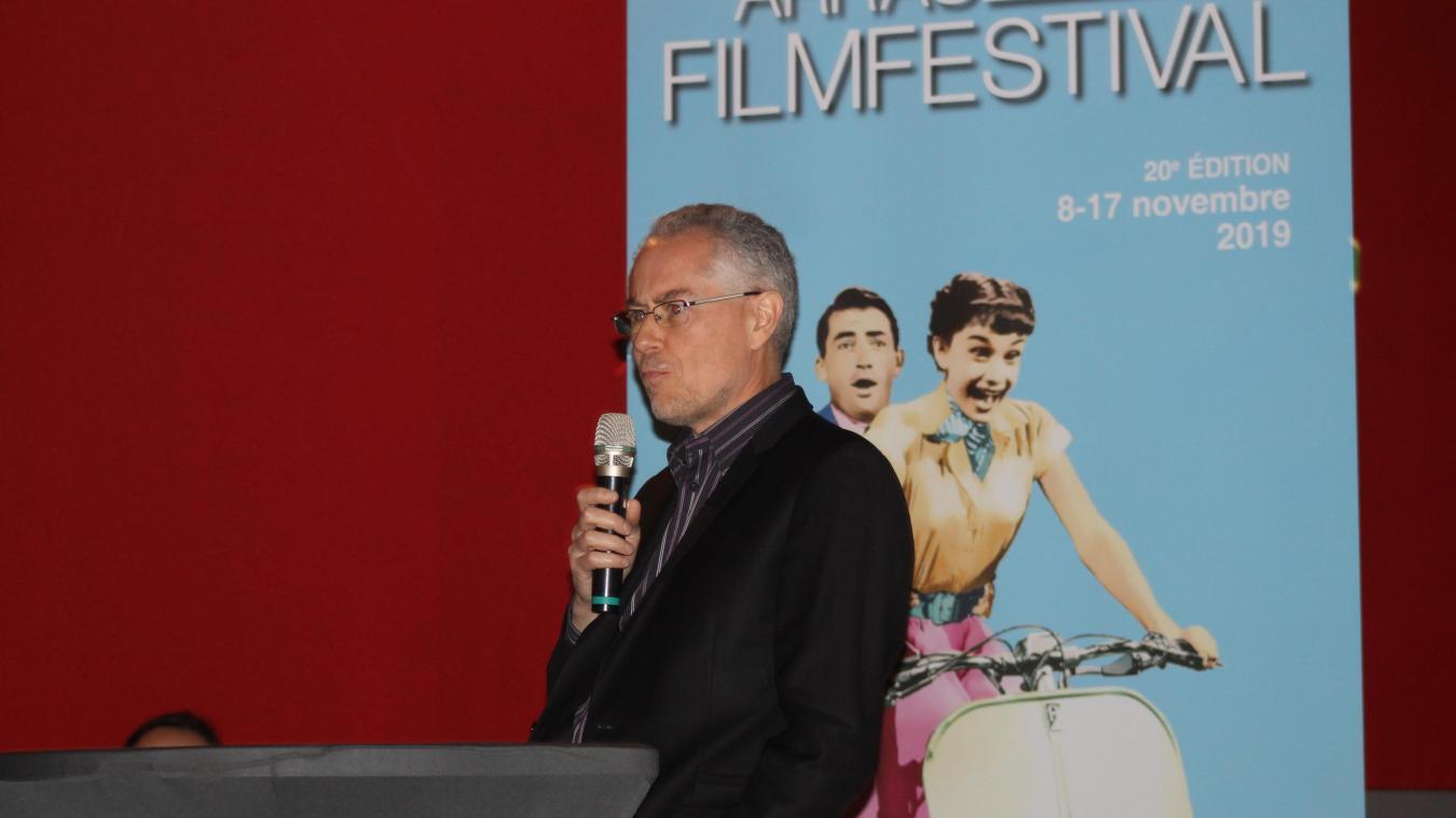 Éric Miot a présenté le programme de la 20  e  édition du festival devant une salle comble.