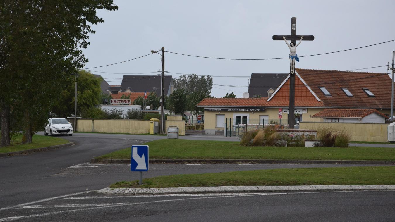 À l'intersection du calvaire, le recalibrage de l'intersection devrait permettre l'arrivée d'un nouvel espace vert.