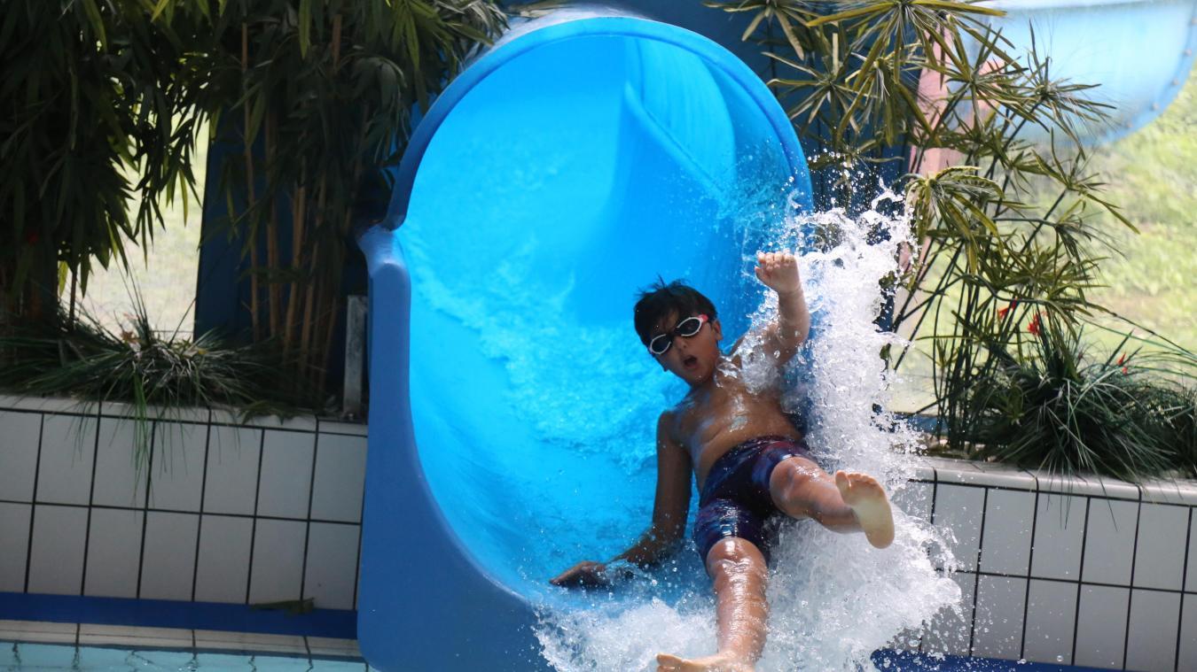 Les toboggans aqua-freinés permettront aux enfants ne sachant pas encore nager de pouvoir en profiter.