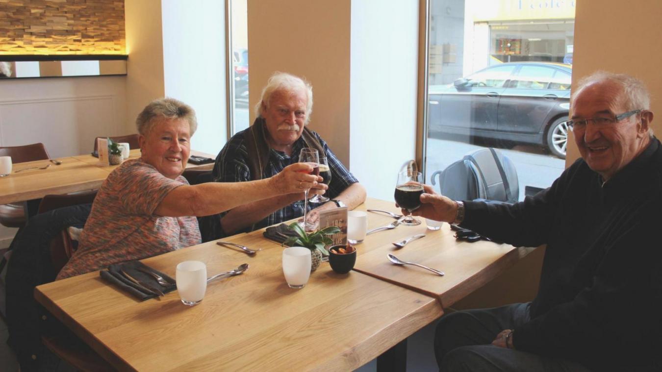 Leur 70 ans d'amitié était l'occasion pour ces amis de se retrouver à Hazebrouck et de se remémorer leurs souvenirs.