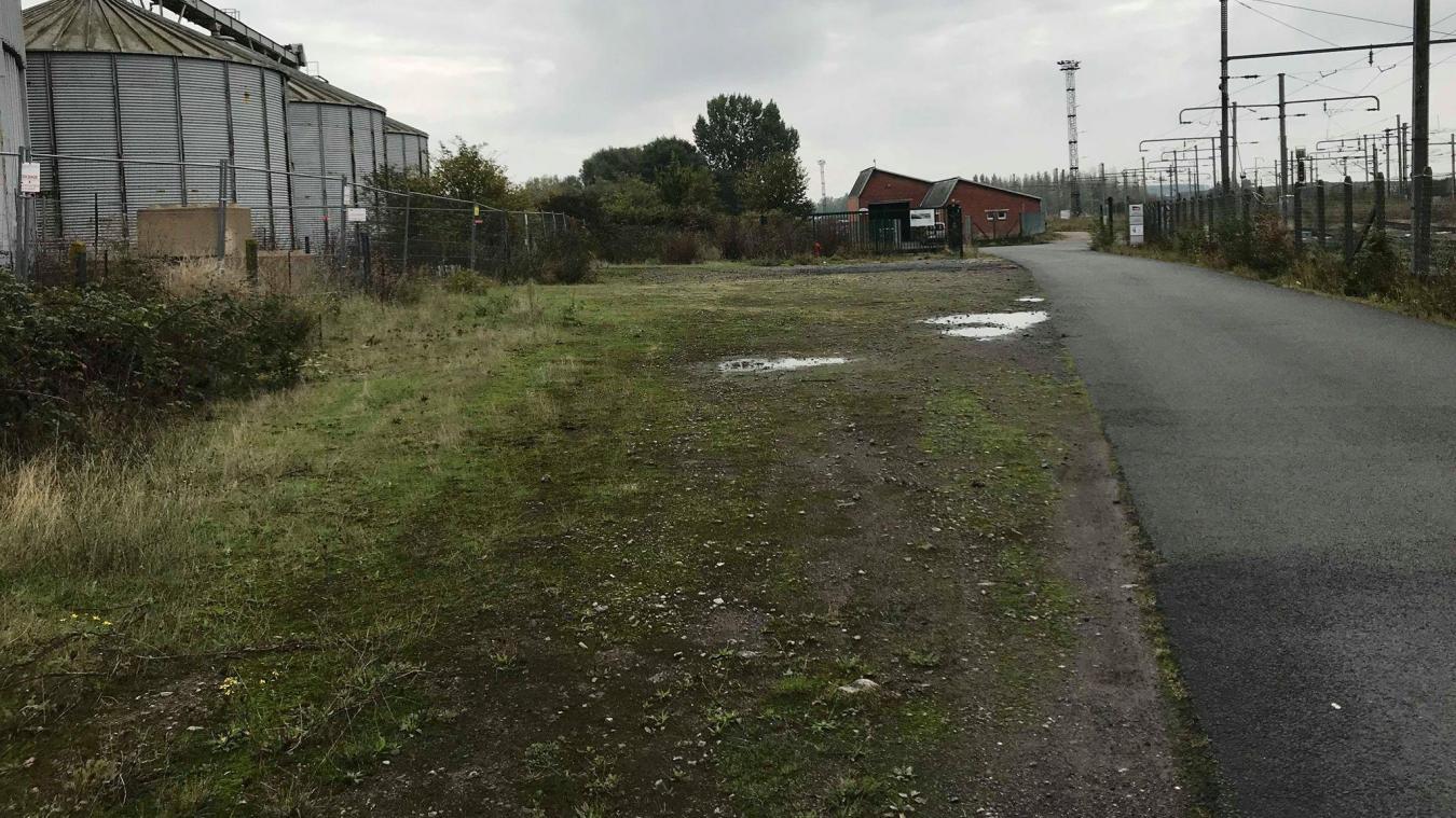 Des solutions seront étudiées pour pouvoir implanter des places de stationnements supplémentaires à Hazebrouck.