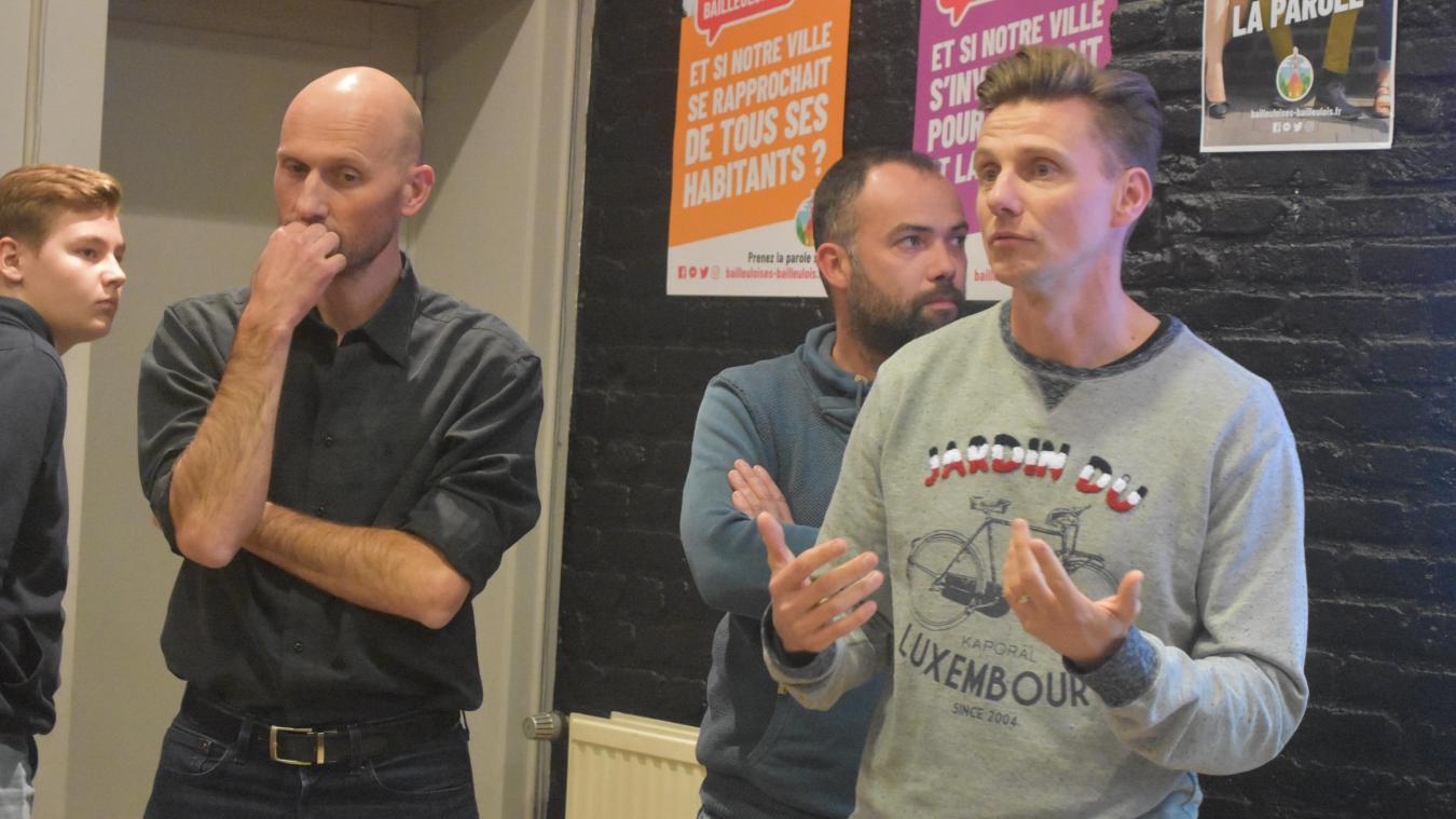 Antony Gautier, Gilles Devienne et Arnaud Devillez (de gauche à droite), ont notamment pris la parole pour expliquer Bailleuloises, Bailleulois aux habitants venus à leur rencontre.