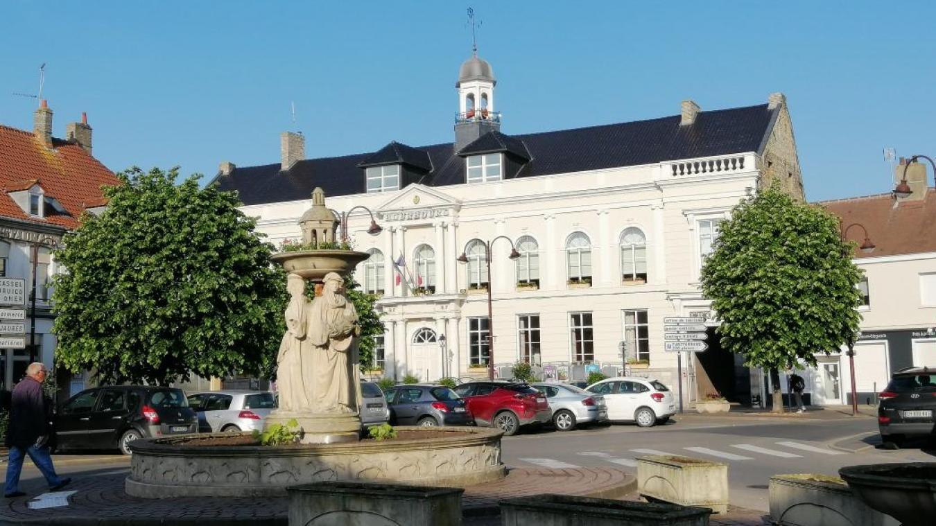 Quatre candidats désirent prendre les rênes de la mairie de Bourbourg à l'issue des élections municipales.