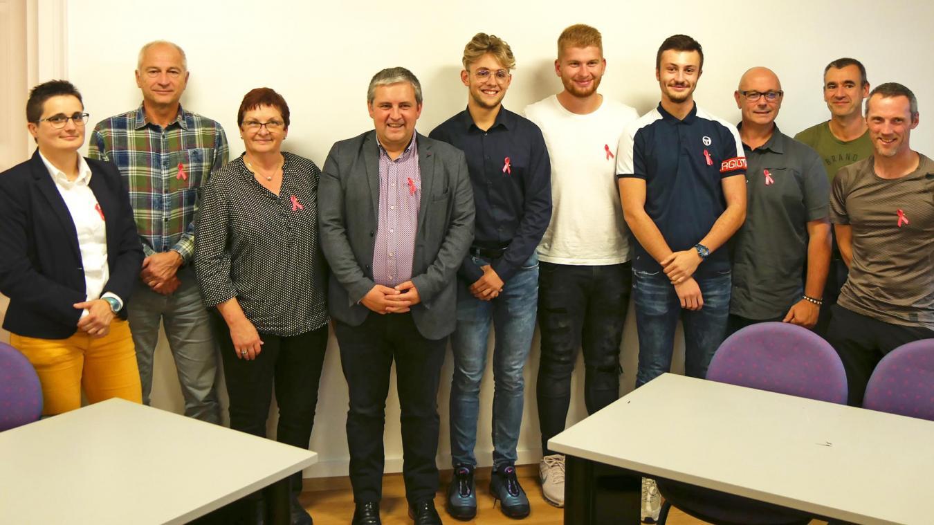 Les trois Outrelois qui ont signé un contrat d'apprentissage sont Hugo Dachicourt, Benjamin Bremnar et Thomas Cavallero.