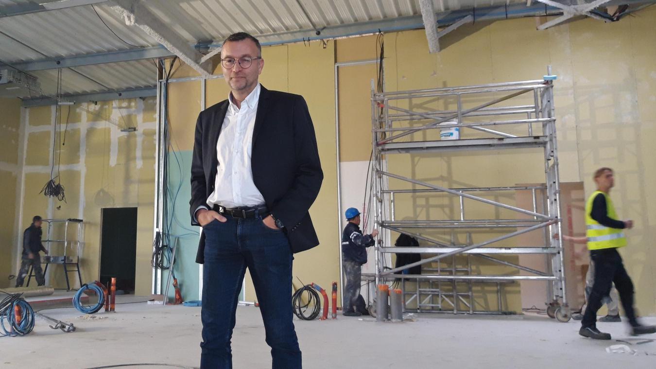 Vincent Timpani, déjà gérant de l'établissement Au Bureau de Dunkerque depuis 2016, ouvrira son second établissement début 2020 à Hazebrouck.