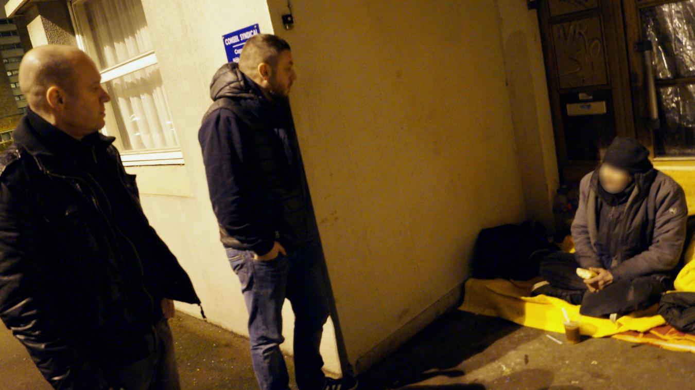 Éric, ici avec le visage flouté, était bien connu dans les rues de Dunkerque. Nous l'avions rencontré, lors d'un reportage avec le 115, en janvier 2018.
