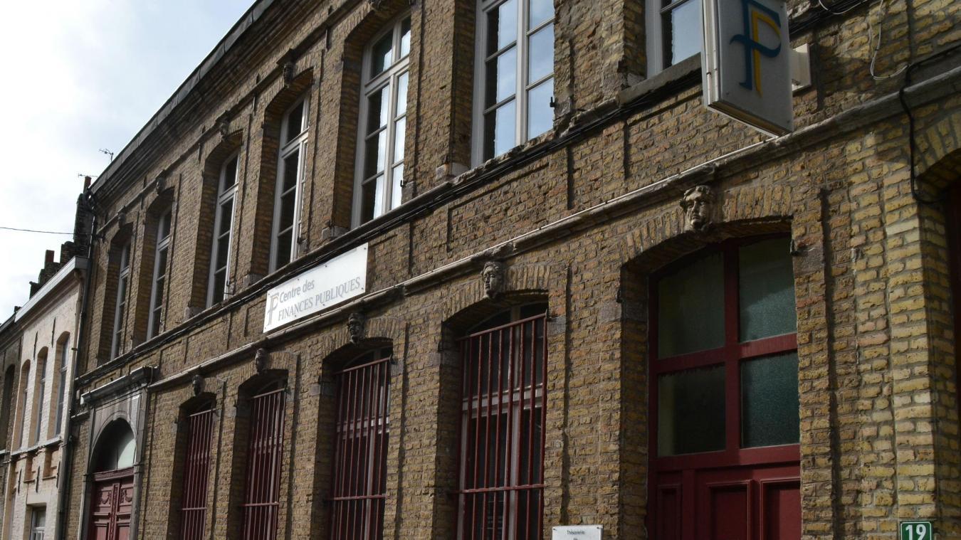 L'avenir du centre des finances de Bergues est menacé, comme de nombreuses antennes en Flandres.