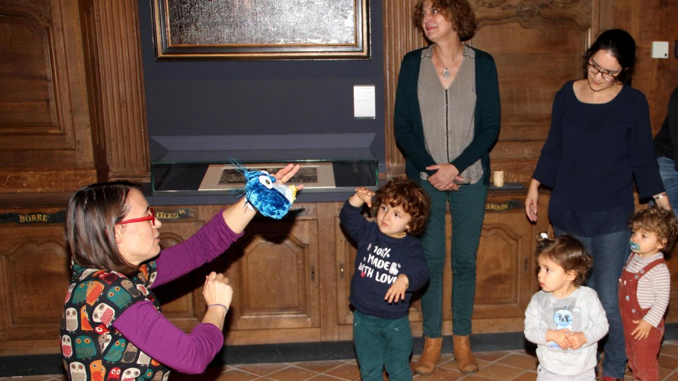Quentin (3 ans) et les jumeaux Alix et Thibault (19 mois) étaient captivés par  L'anniversaire de Bruegel le Hibou .