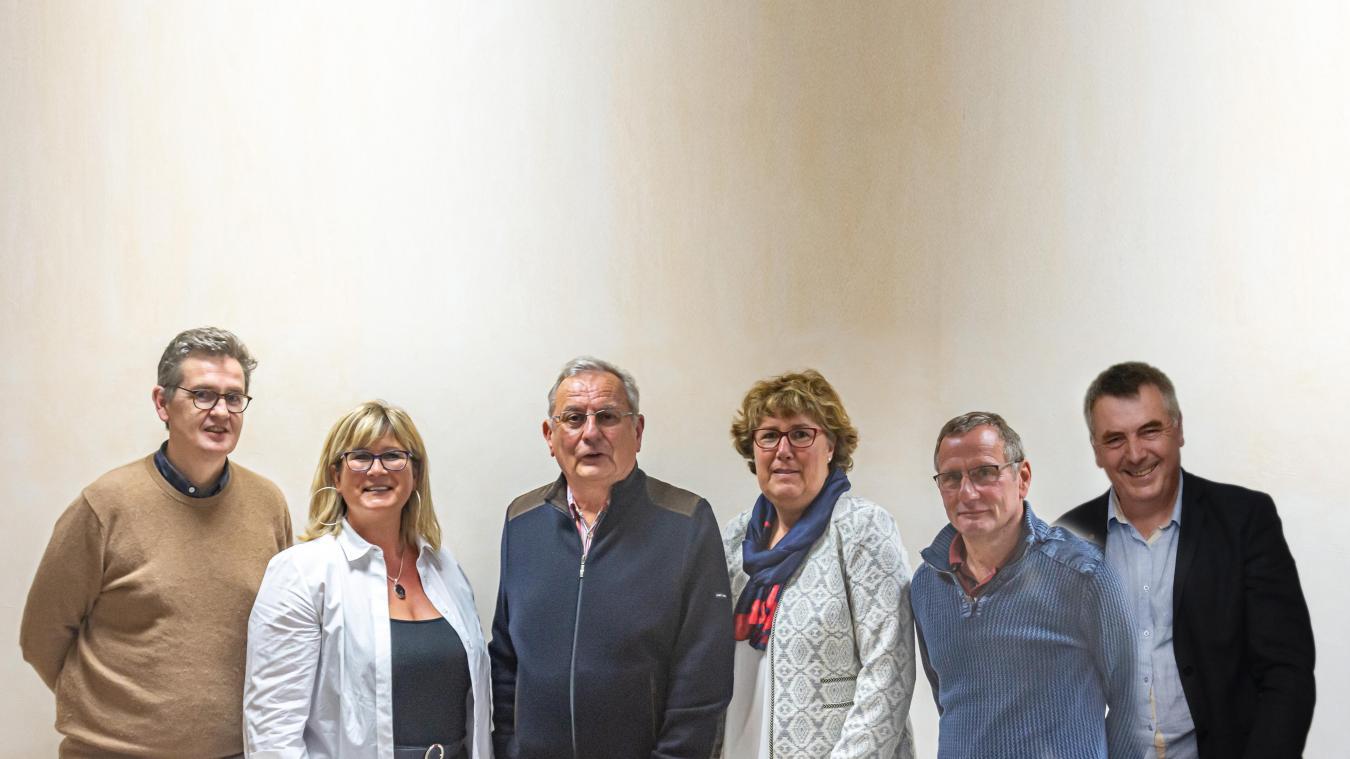 Stanislas de la Royères, Christelle Deharbe, Bruno Semain, Catherine Bigot, Damien Courtecuisse et François Dusannier représentent une partie du Triangle Citoyen