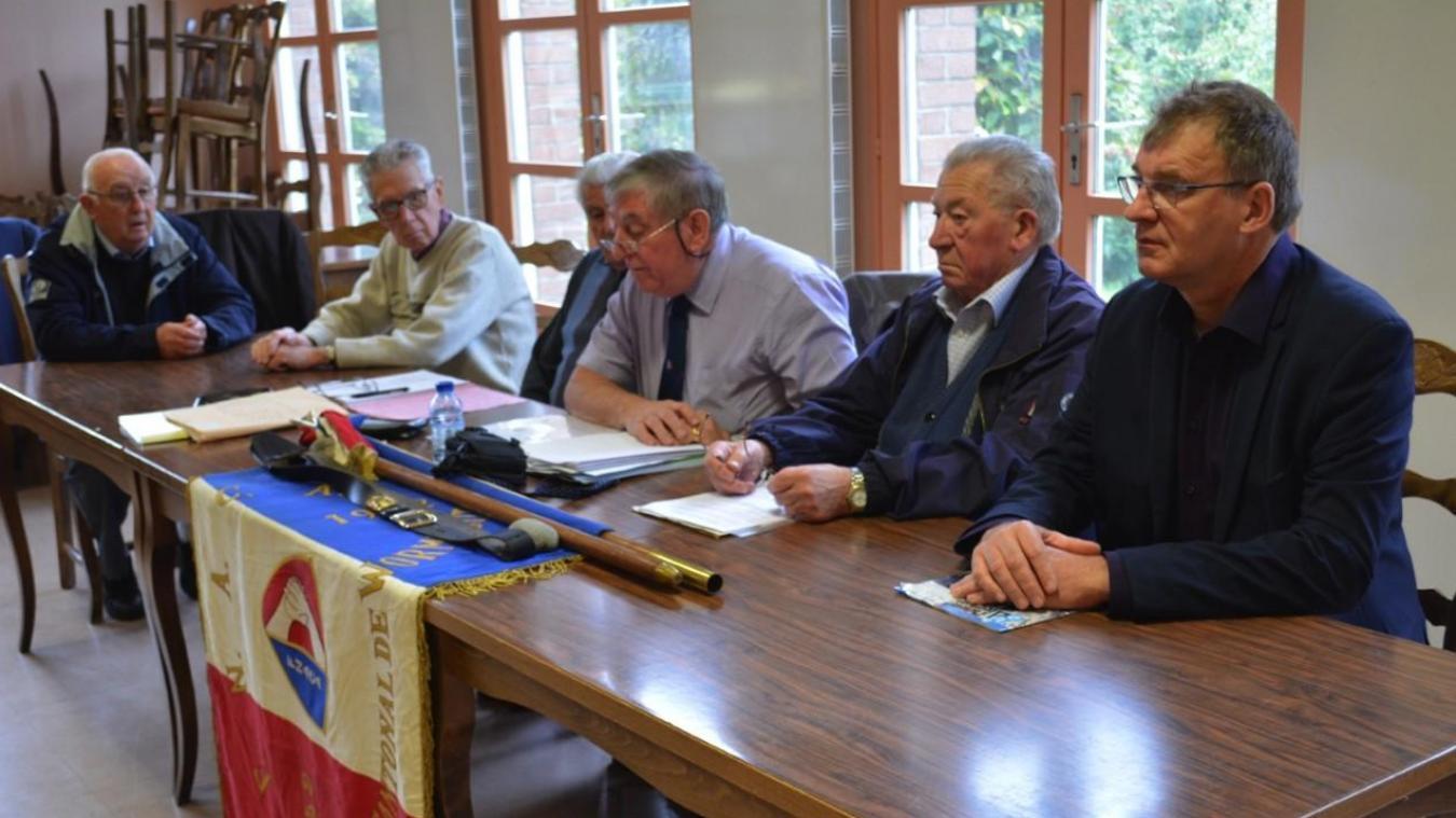 Les adhérents ont réélu les membres du bureau. Pas de changements : Bernard Libaert reste à la tête.