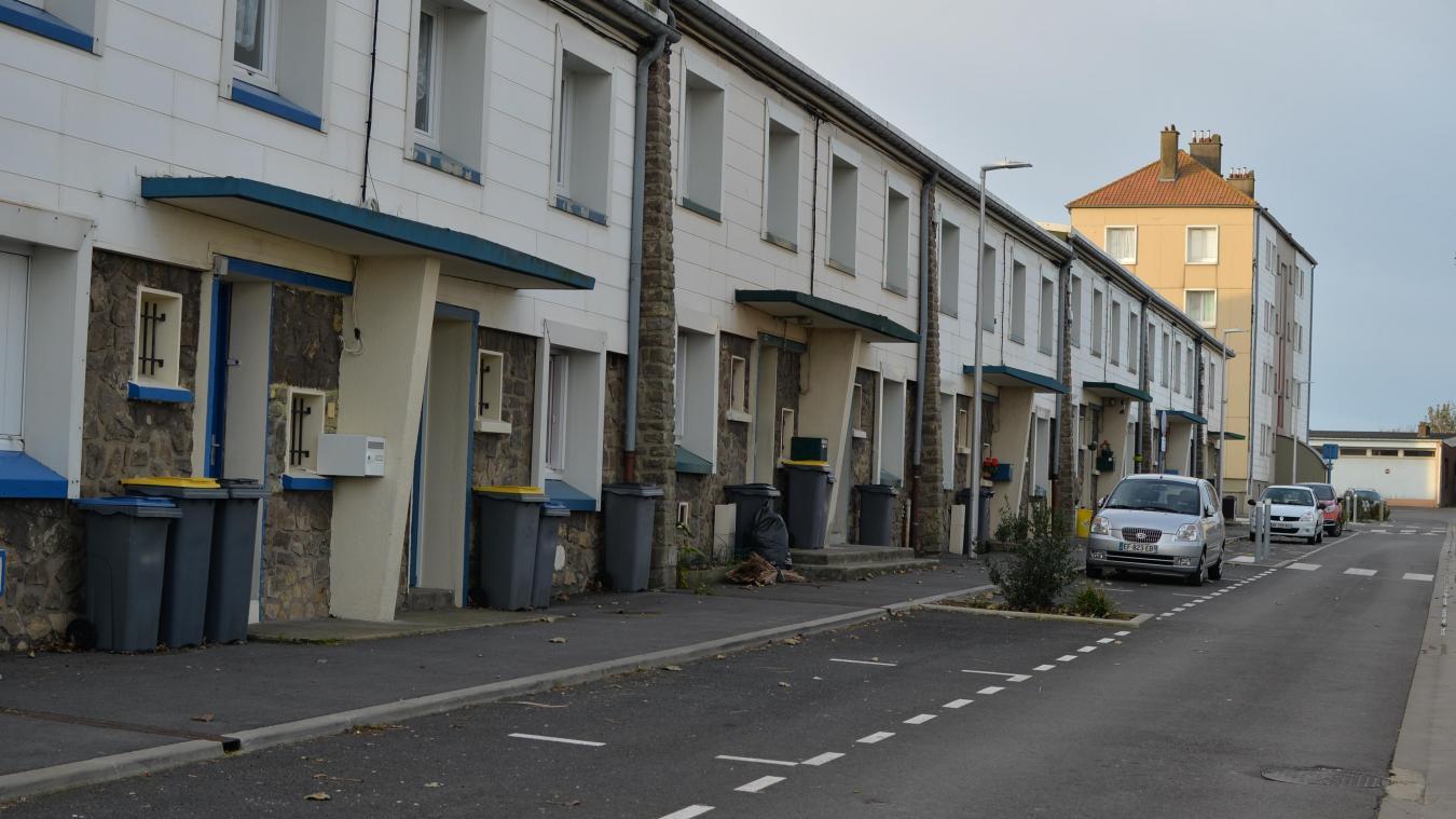 Les attouchements ont eu lieu à plusieurs endroits dans le quartier Henriville avant que la victime ne regagne son domicile rue Geoges Honoré, secourue par une riveraine.
