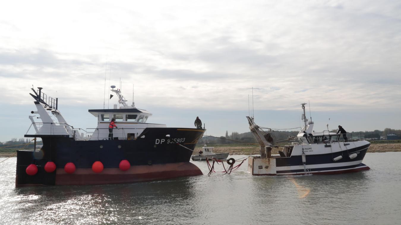 Le Camaléa II a quitté le port d'Etaples ce mercredi 30 octobre vers midi.