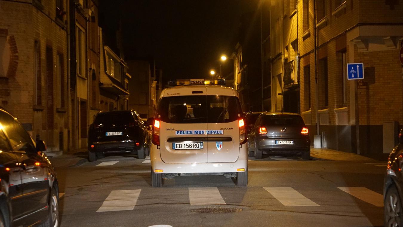 La brigade de nuit de la police municipale a été lancée le 1 er  juin 2019 à Dunkerque. Moins d'un an plus tard, Saint-Pol-sur-Mer pourrait aussi s'y mettre, si Virginie Varlet venait à être élue maire déléguée.