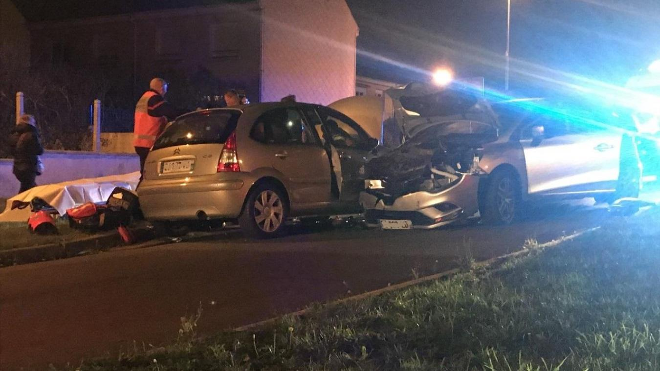 Trois véhicules sont impliqués dans l'accident, rue Carnot à Wimereux.