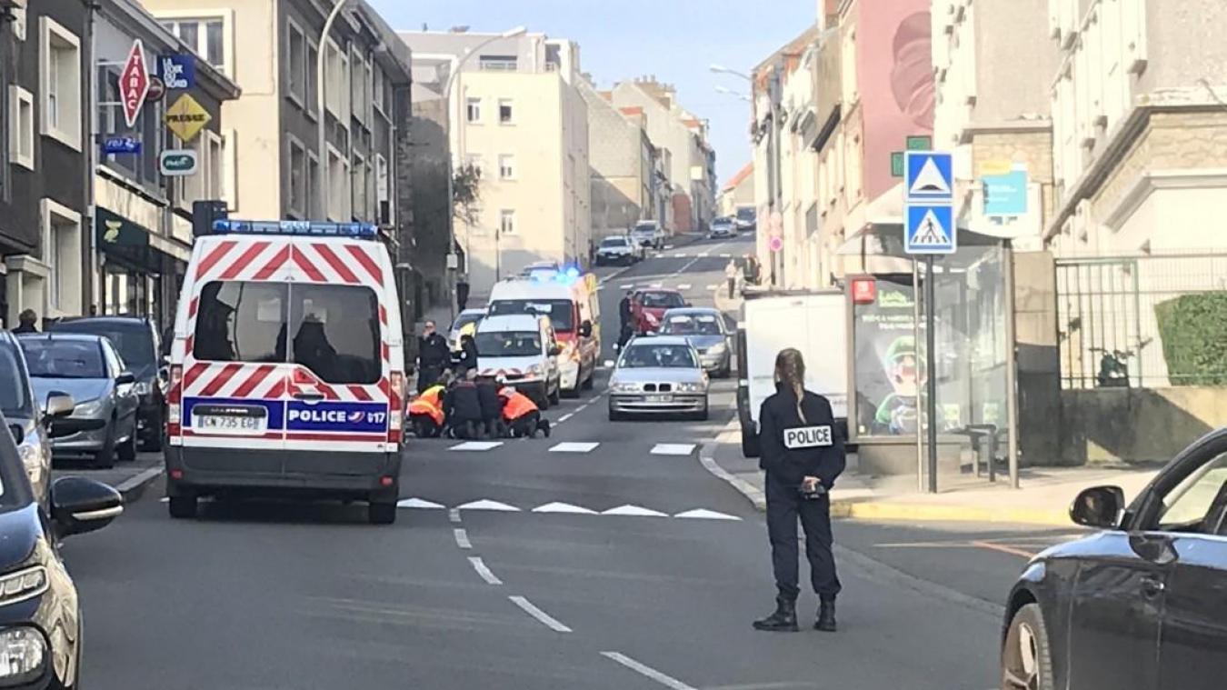L'accident a eu lieu rue du Camp-de-Droite à Boulogne-sur-Mer.