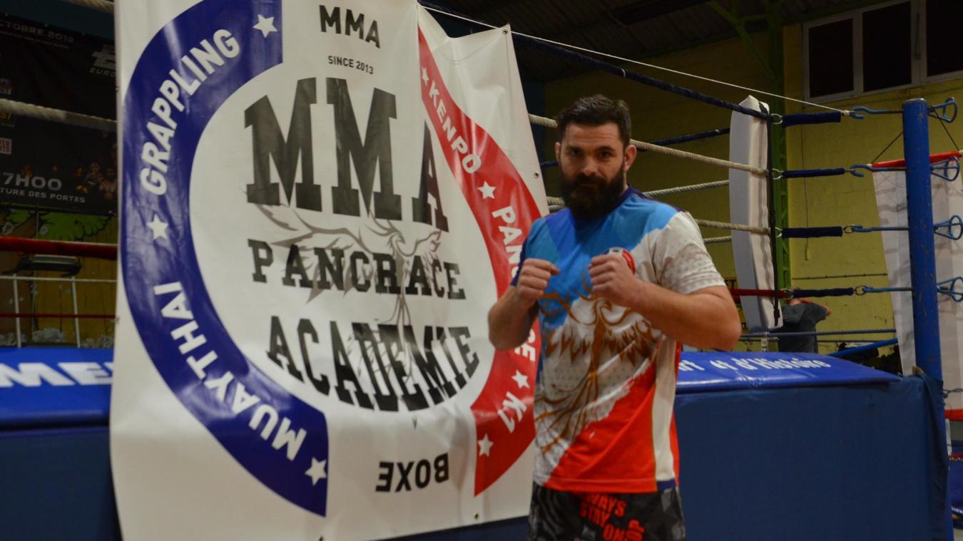 Jean Dutriaux, Boulonnais de 32 ans (né le 1 er  novembre), disputera une ceinture mondiale de MMA à Bruxelles, ce samedi 2 novembre.