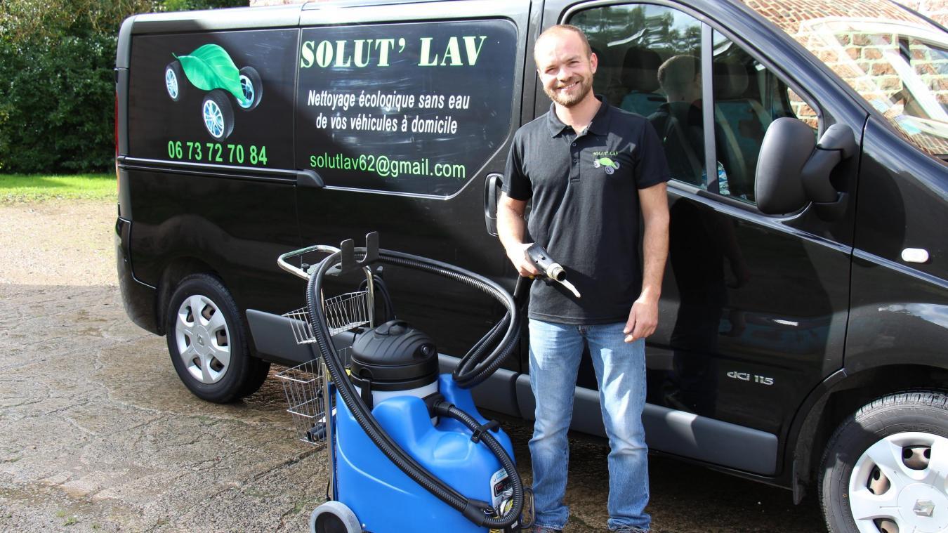 Alban Cuenot s'est formé à Lyon chez un fabriquant de produits de nettoyage automobile.